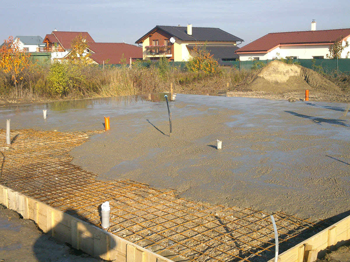 Construction of bungalow O120 - Foundation slab before pouring of concrete